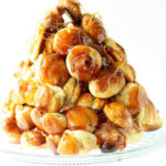 Daring Bakers: Pièce Montée and a Croquembouche